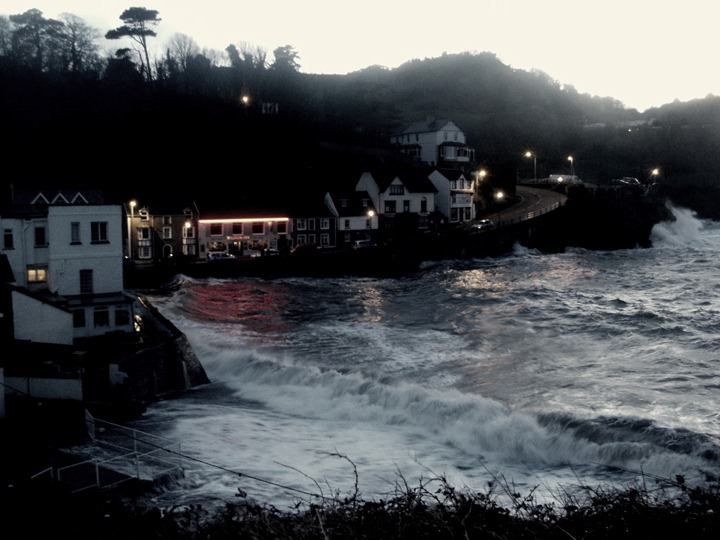 Combe Martin at high tide (17)