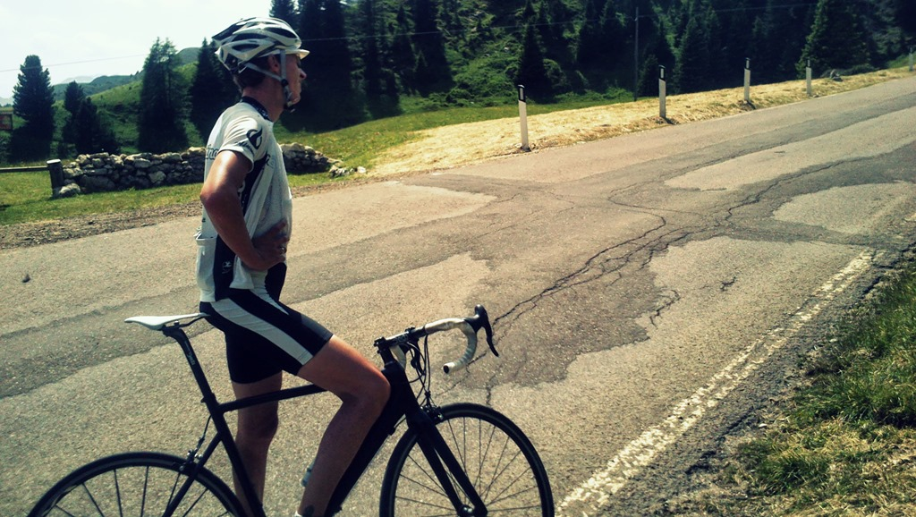 Christoph takes a breather on the sellaronda loop