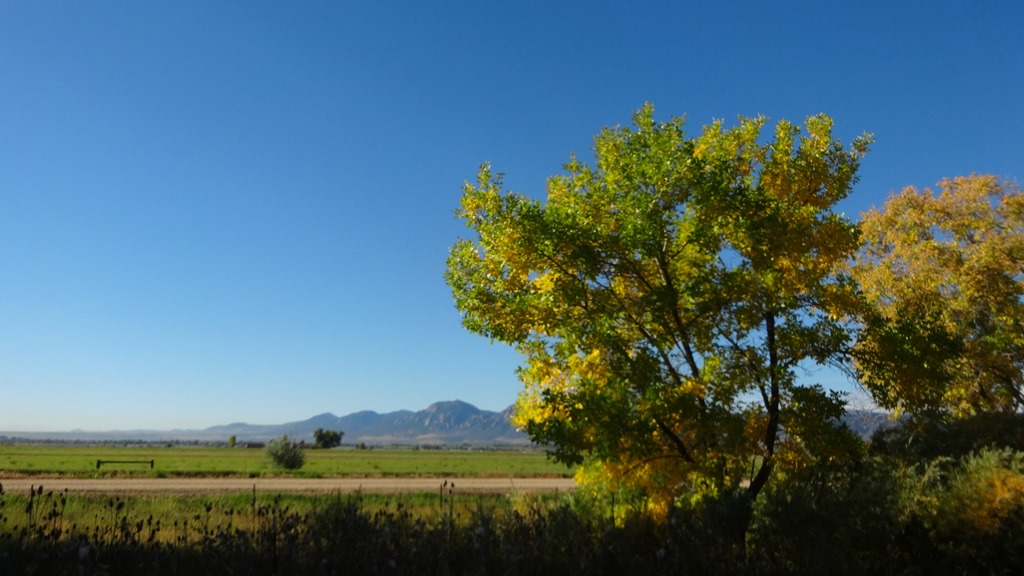 Looking at the flatirons from Eastern Boulder County